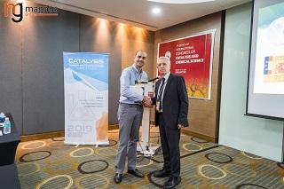 Jorge Bedia Felicitated by Stanislaw Dzwigaj